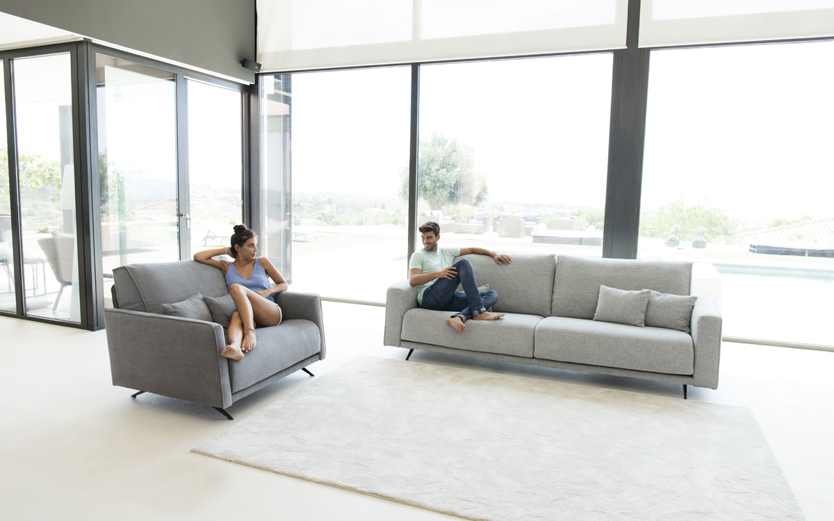 Sofa y sillon Boston de FAMA Sofas