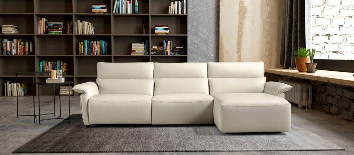 Sofa italiano con cheslong relax en piel Eleganza